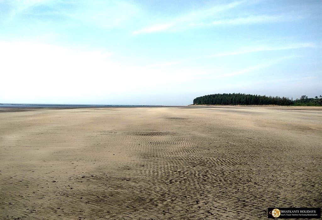 Awas Beach Alibag