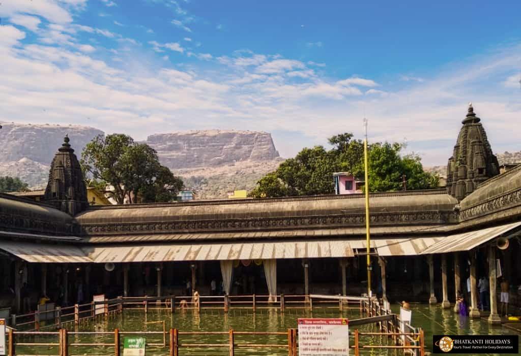 Trimbakeshwar temple nashik
